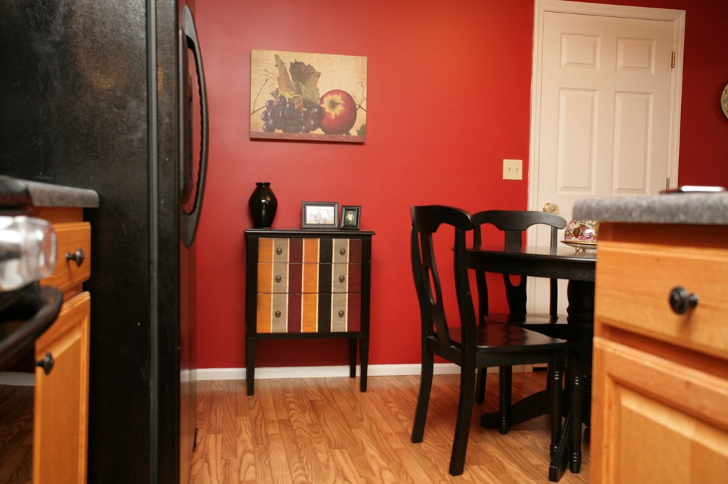 Accent Table For My Red Kitchen Wall
