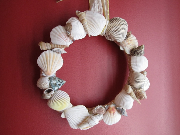 Bringing The Beach Home Seashell Wreath How To Nest For