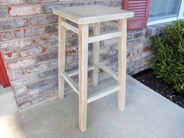 stool-stencil-chalk-paint-door