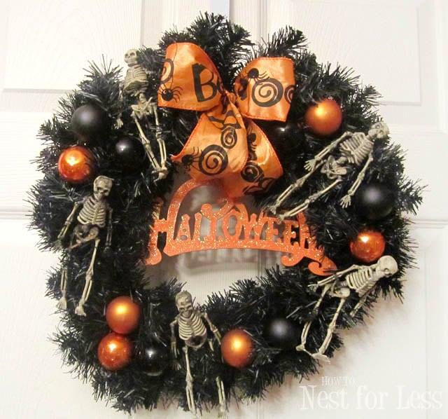 halloween-skeleton-door-wreath