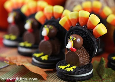 Little mini turkeys made out of Oreos.