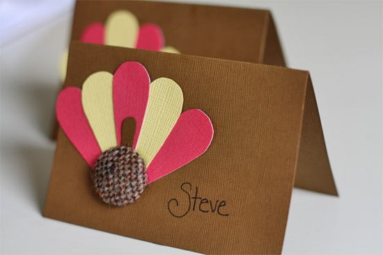 Brown, pink and white turkey table cards.