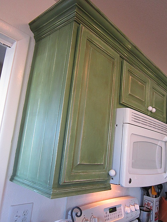 Kitchen Crown Molding. Adding Crown Molding To Kitchen Cabinets ...