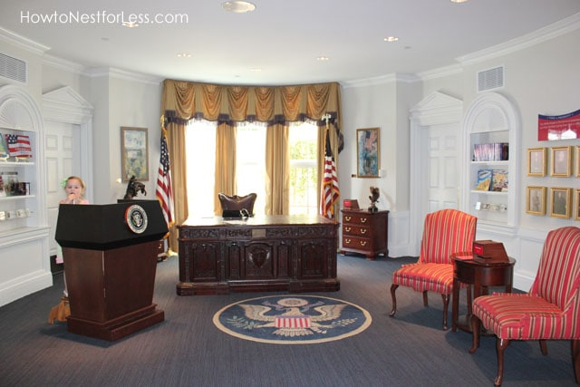 Magic House Oval Office