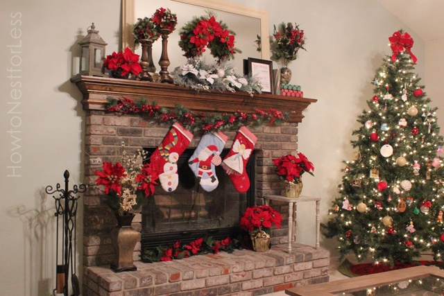Christmas Fireplace Mantel 640 x 427