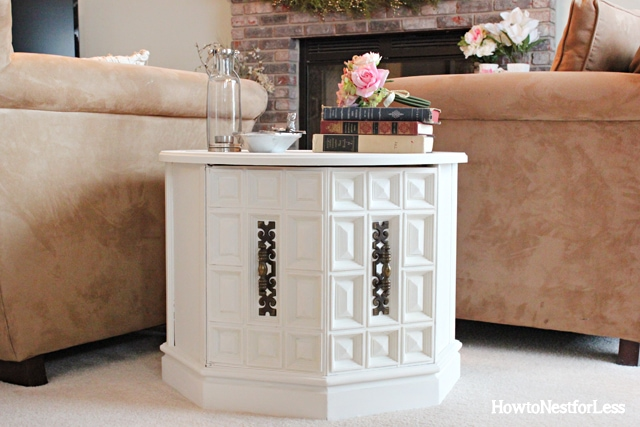 great room ASCP white end table makeover