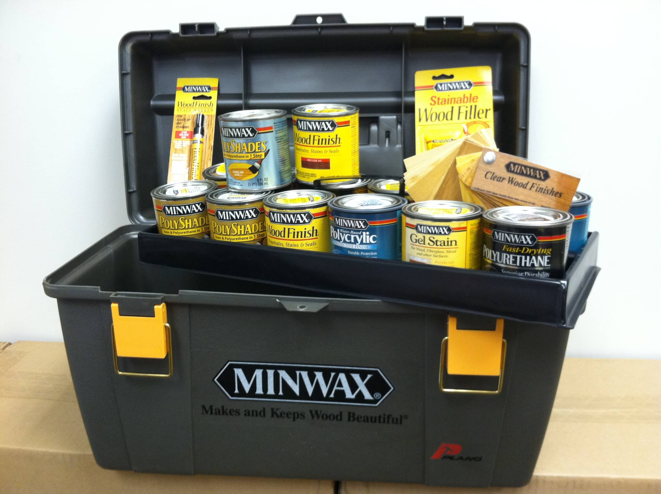 2 YEAR BLOGIVERSARY: Minwax Gift Basket GIVEAWAY!