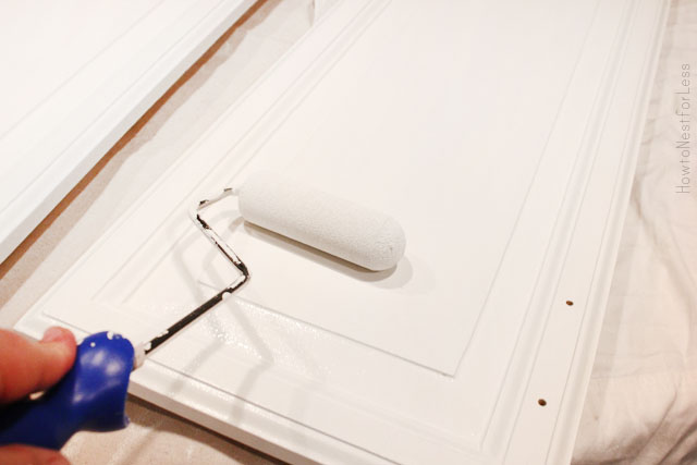 Tips and tricks for painting kitchen cabinets how to for Best brush for painting cabinets