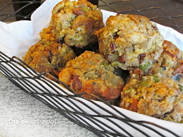 Food-Thanksgiving-Dressing-Muffins1