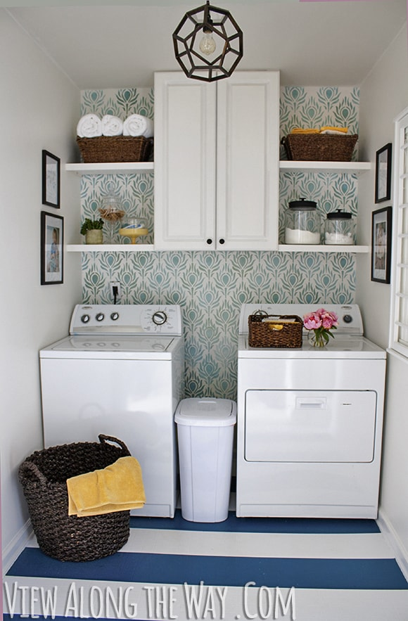 Get inspired 10 laundry room makeovers how to nest for for Laundry room redo blog