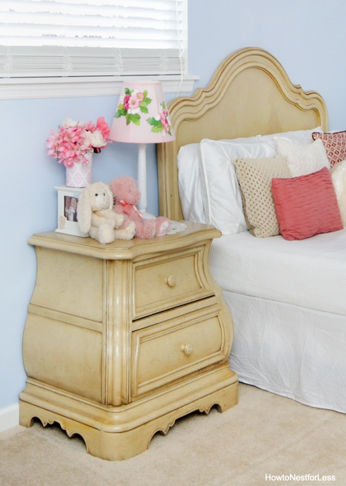antique white girl bedroom furniture