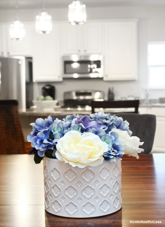 My Two New {Cheap} Centerpieces