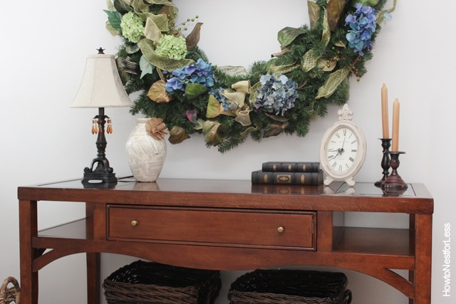 entry foyer wreath