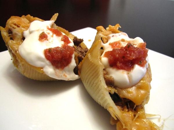 finished-taco-pasta-shells