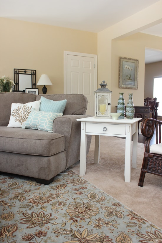ASCP old white end table