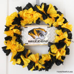 Easy COLLEGE WREATH and Back to School Gift Basket