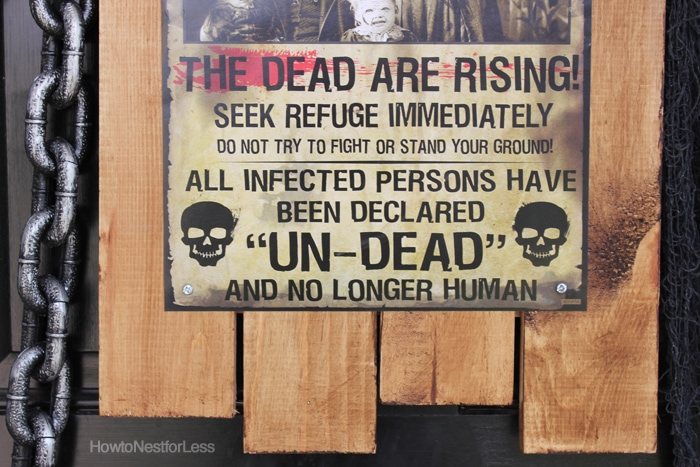 halloween zombie front door sign