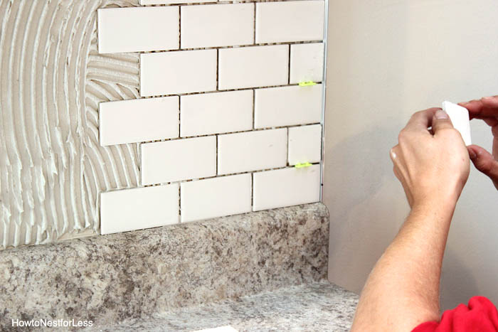 kitchen backsplash DIY tutorial
