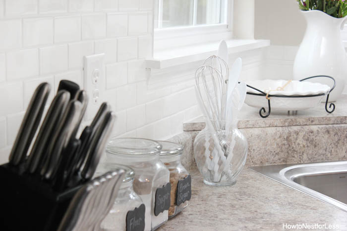 white backsplash subway tile