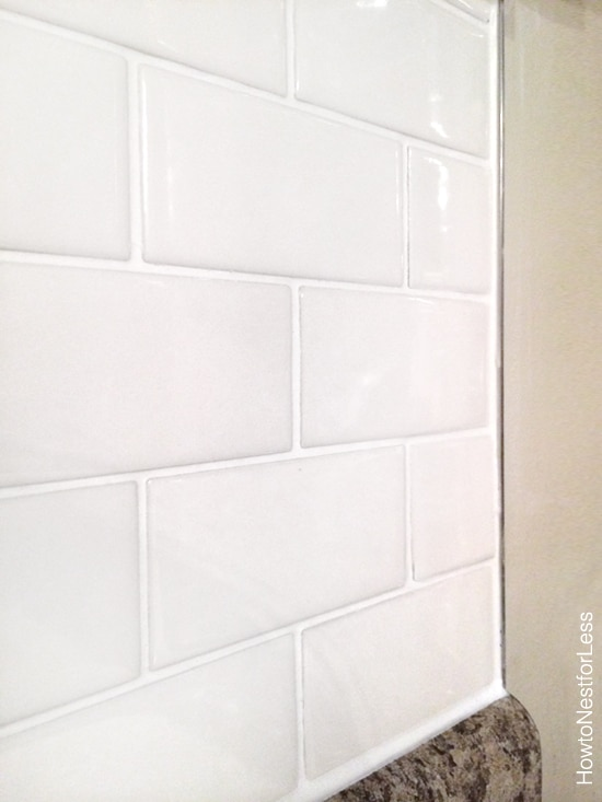 white subway tile edging