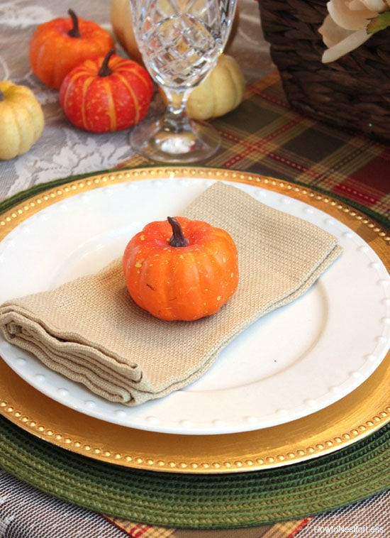 gourd thanksgiving table setting