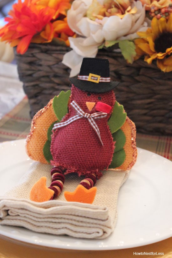 turkey thanksgiving table setting