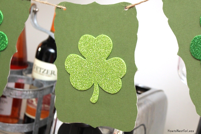 st patricks day shamrock banner