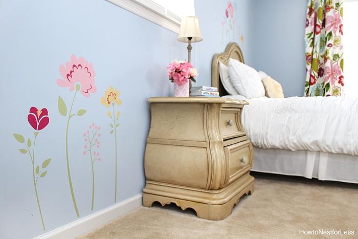 vinyl flowers kids bedroom