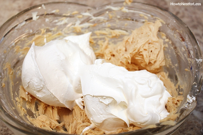 whipped cream peanut butter pie