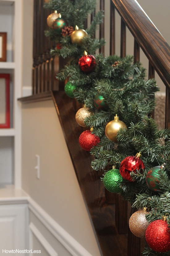 christmas staircase garland