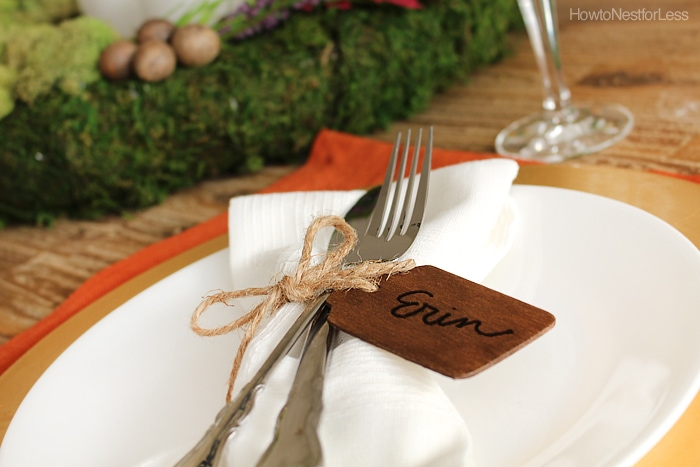 Thanksgiving table setting with the DIY wooden napkin rings.
