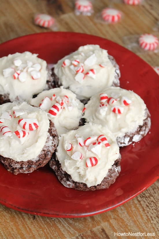 Peppermint mocha gooey butter cookie on a red plate.