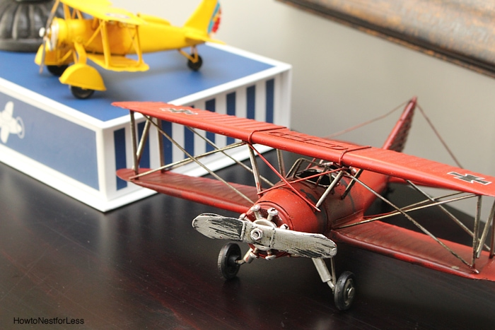 airplane boy room