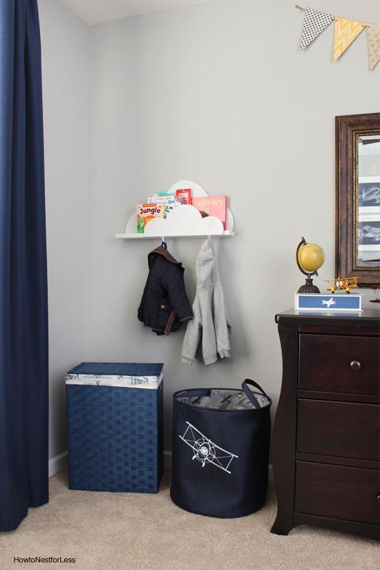 airplane theme boy bedroom