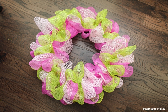 easter mesh wreath idea
