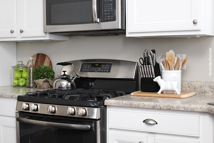 white kitchen cabinets decor