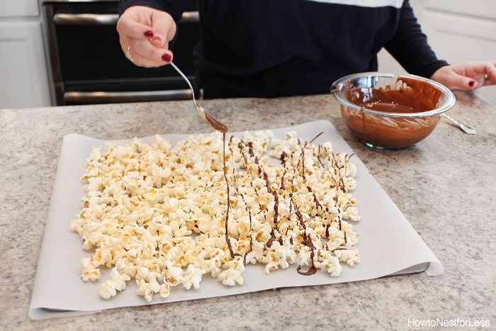 chocolate mint grasshopper popcorn