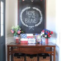 4th of July Foyer & Chalkboard Art