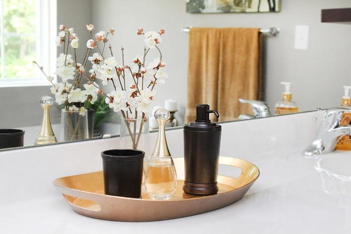 master bath vanity decor