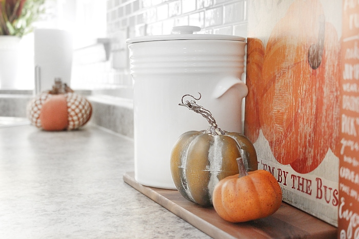 fall kitchen decorations