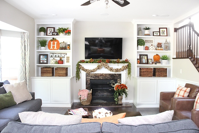 family room fall house tour