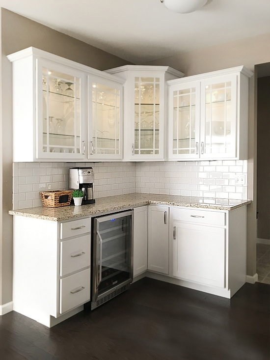 butlers-pantry-white-cabinets