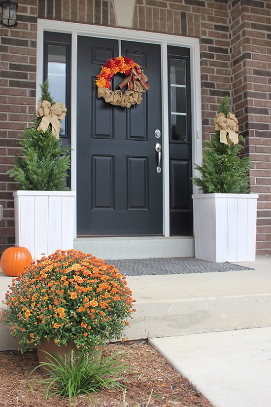 front-porch-fall-decorations