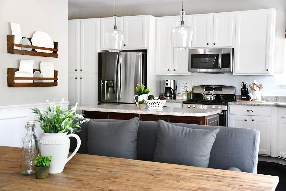 breakfast room refresh - beautiful home decor ideas Breakfast Room Ideas