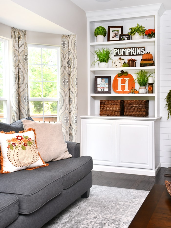 Fall House Tour and Decorating Ideas - Family Room