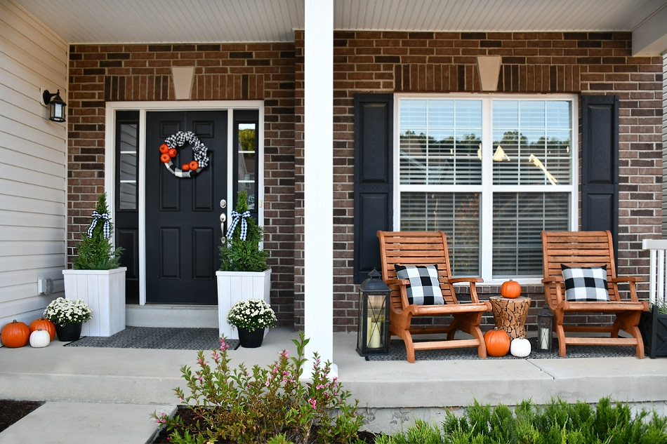 Fall Front Porch Makeover With Buffalo Check And Pumpkins - Front porch makeover ideas