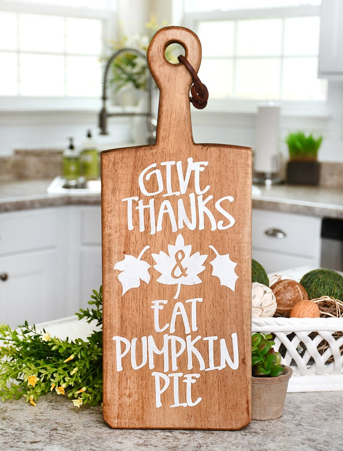 thanksgiving stenciled cutting board