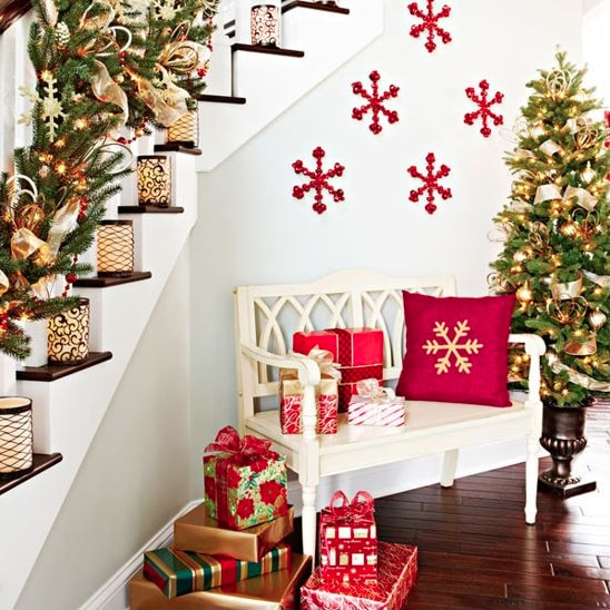 christmas foyer christmas foyer love the snowflakes christmas decor ideas christmas textiles