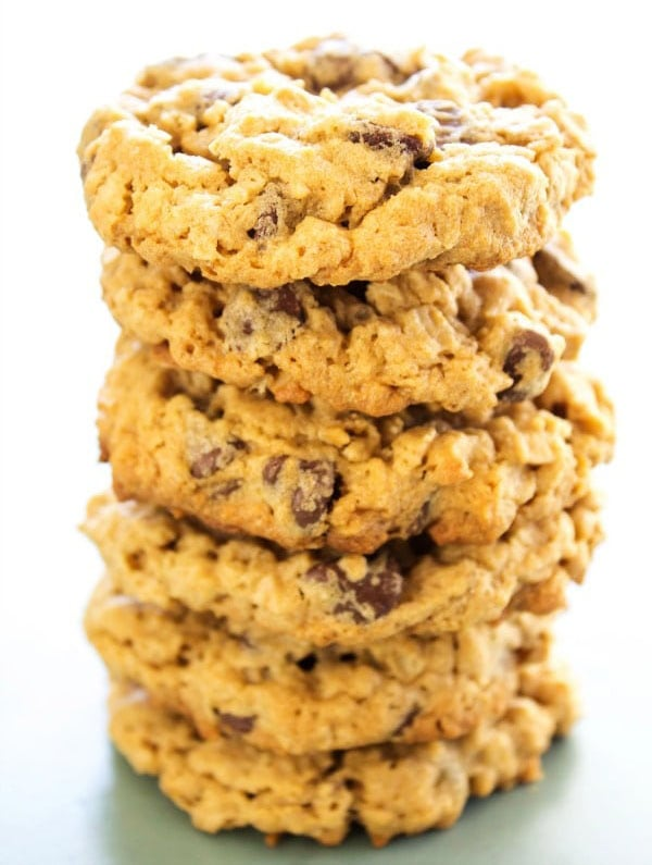 oatmeal chocolate peanut butter cookies